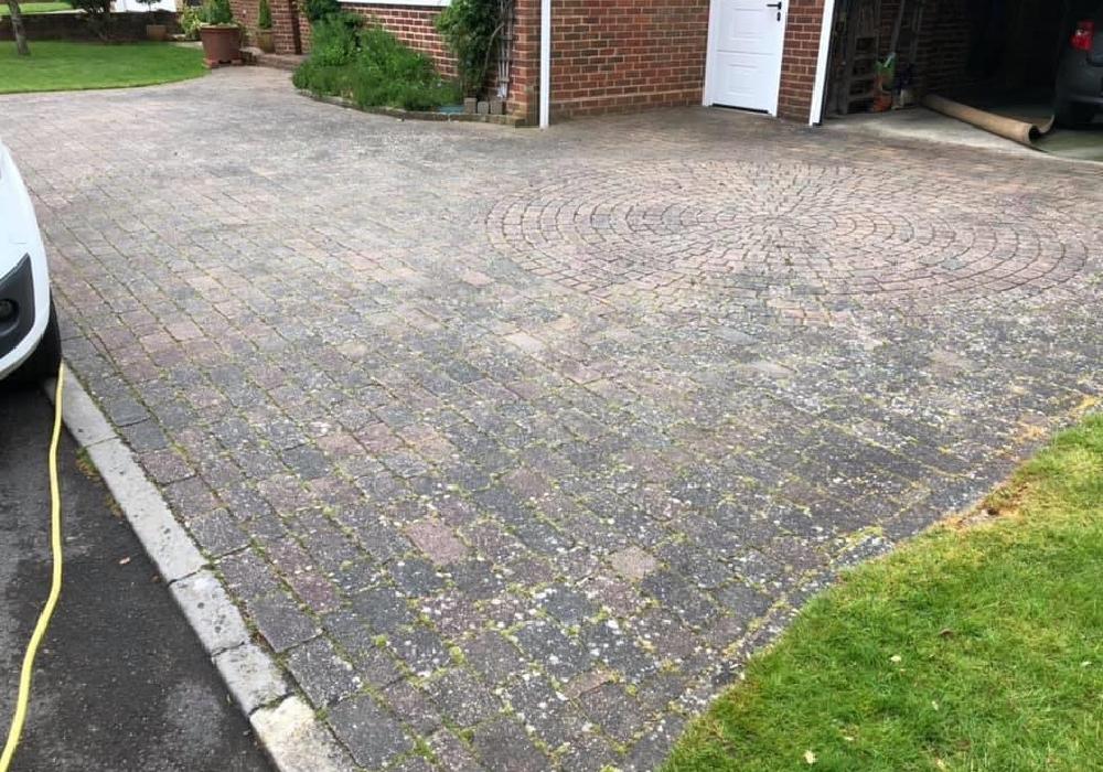 block paving cleaning salisbury